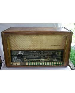 "Old radio ""Melody"""