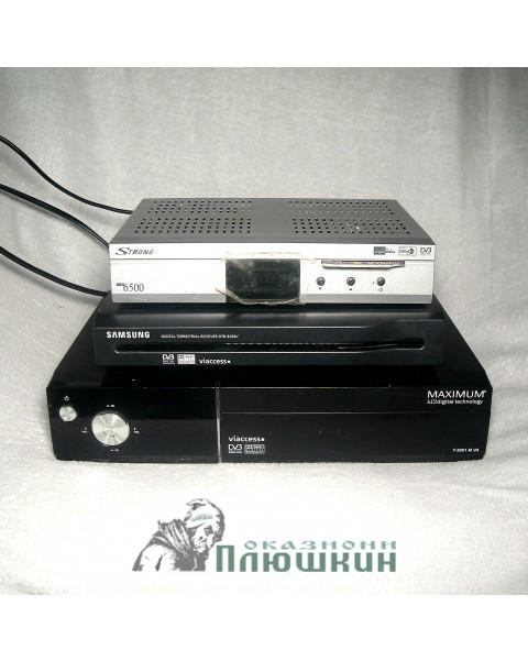 Set of TV receivers